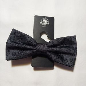 Disney Parks Haunted Mansion Bow Tie NWT